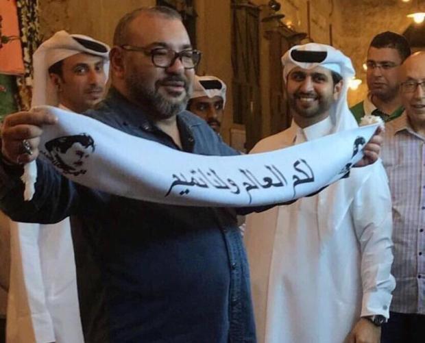 ياسر الزناكي: صورة الملك في قطر مفبركة