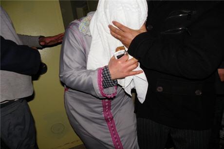إمنتانوت.. الحبس لمتزوجة ظهرت في فيديو إباحي صوره عشيقها أمام ابنها القاصر!