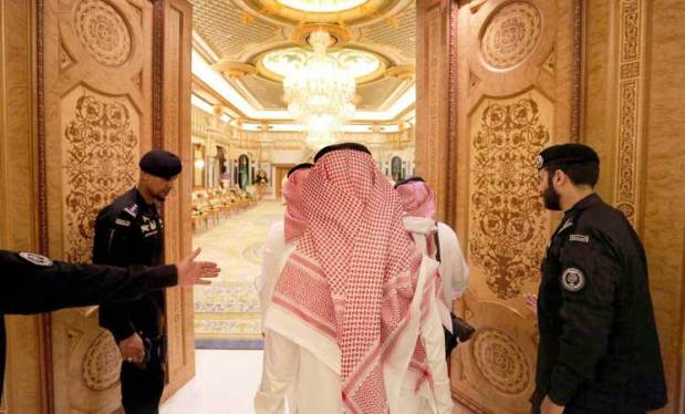السعودية.. الإفراج عن جميع المحتجزين في فندق الريتز