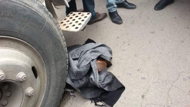 بالصور من إقليم فكيك.. شاحنة تدهس طفلا في سوق أسبوعي