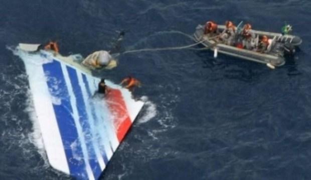 الطائرة الماليزية التي اختفت قبل 3 سنوات.. ما زال كيقلّبو عليها!