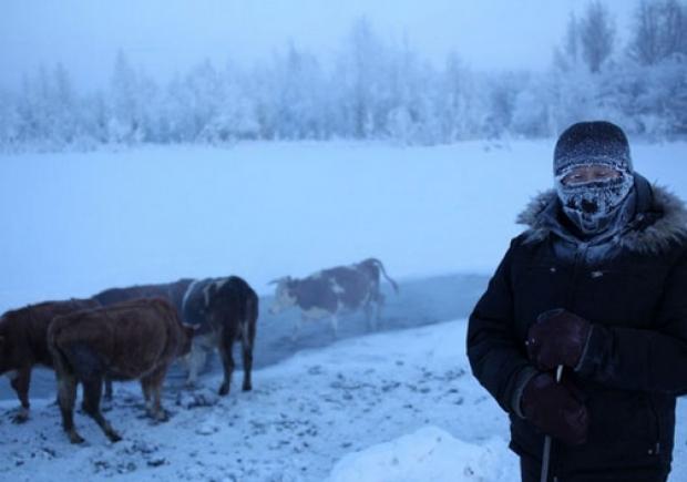 الناس اللي غيمشيو لروسيا وجّدو راسكم للسم.. درجات الحرارة في ياقوتيا تنخفض إلى ما دون 67 درجة تحت الصفر!!