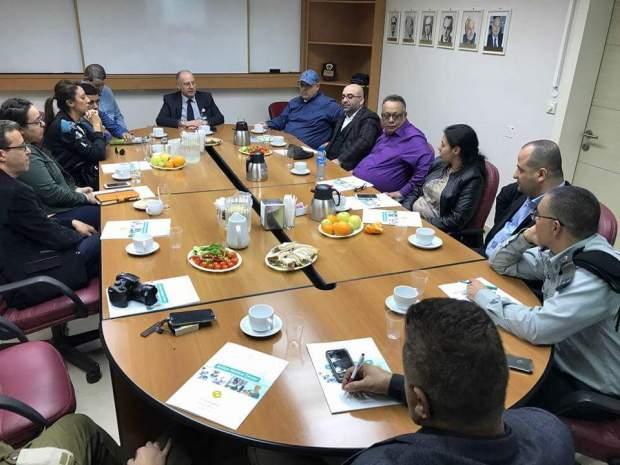 بالصور من إسرائيل.. إعلاميون مغاربة مع أفيخاي أدرعي!