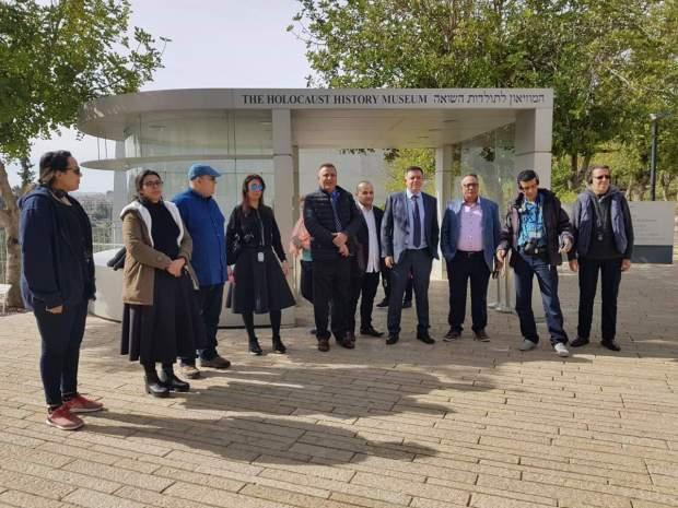 اعتبرت زيارتهم دعاية لسياسة إسرائيل ولا علاقة لها بممارسة المهنة.. النقابة الوطنية للصحافة تتبرأ من زيارة صحافيين مغاربة إلى تل أبيب