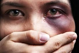 1162 قضية العنف ضد النساء في محاكم الرباط.. العيالات واكلين الدق!!