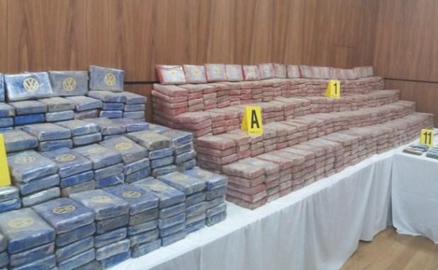 اعتقال البرازيلي الرأس المدبر وحجز سيارات وأموال.. أكثر من 500 كيلو كوكايين في ميناء كازا