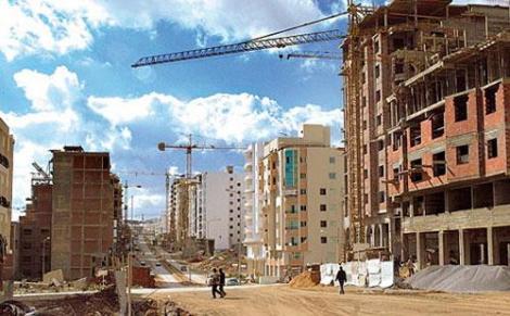 المغاربة تابعين البقع الأرضية.. سوق العقار طايح