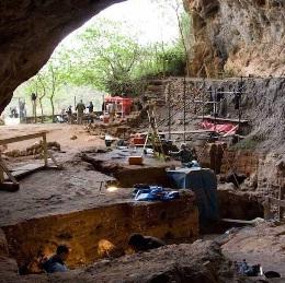 تؤرخ لـ15 ألف سنة.. أقدم جينات للإنسان العاقل في إفريقيا موجودة في تافوغالت