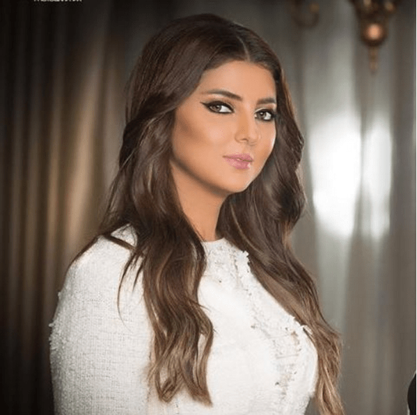 """على """"إم بي سي 4"""".. مريم سعيد تعود ببرنامج جديد"""