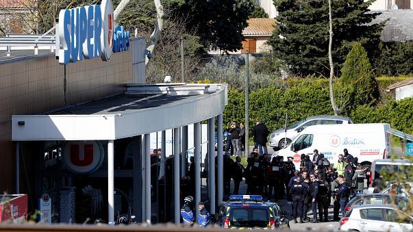 عندو 45 عام وسميتو رضوان لقديم.. الشرطة الفرنسية تقتل المغربي منفذ عملية احتجاز رهائن