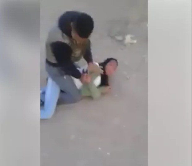 فيديو محاولة الاغتصاب في الشارع.. نقاش وجدل وصدمة وجرس إنذار!!