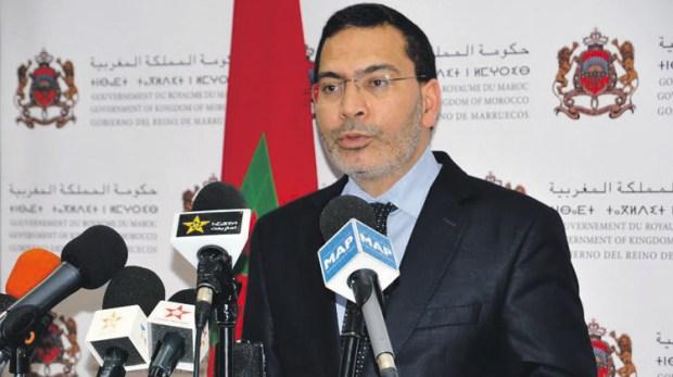 الخلفي عن حادث تحطم الطائرة العسكرية الجزائرية: لا يمكن إزاء الموت إلا الترحم على الضحايا