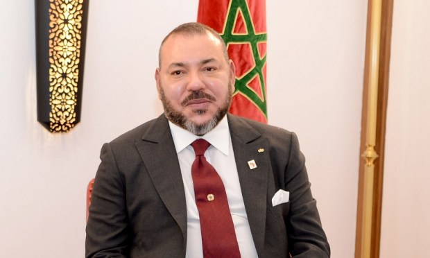 تحطم الطائرة العسكرية الجزائرية.. الملك يعزي بوتفليقة