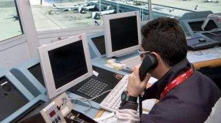 """مسيرة وإضراب.. نقابة تحتج والمكتب الوطني للمطارات يقول """"باب الحوار مفتوح"""""""