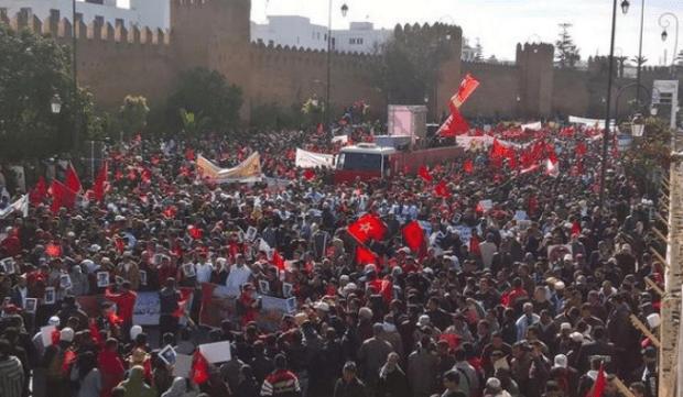 قضية الصحراء.. ترويج نداءات على الفايس بوك لمسيرة مليونية (صور)