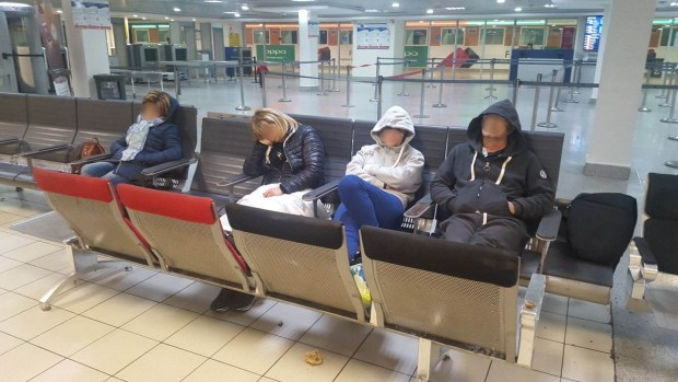 جاو من إيطاليا.. إرجاع 8 سياح من مطار محمد الخامس