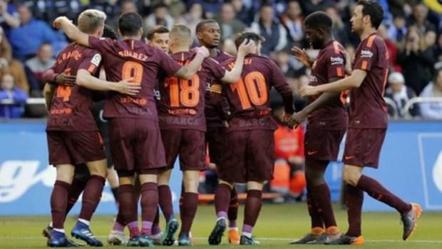 بعد كأس الملك.. البارصا يتوج بلقب الدوري الإسباني