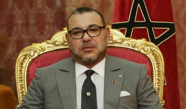 الملك يعزي أسرة هنري ميشيل: المغرب فقد صديقا وفيا ساهم في إشعاع كرة القدم الوطنية