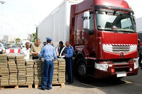 ميناء طنجة المتوسط.. حجز 100 كيلو من الشيرا في شاحنتين