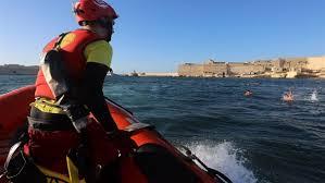 كان غادي يغرق وعتقوه.. مغربي غامر وحركـ لإسبانيا