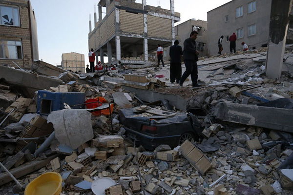 إصابة 31 شخصا.. زلزال في إيران