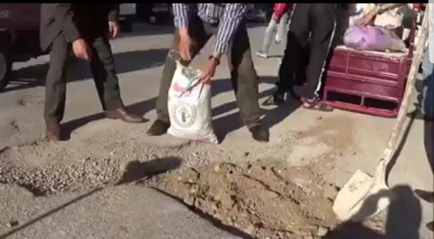 صحاب دير شرع يديك فالخير.. شباب يرقعون أحياءهم (فيديو)