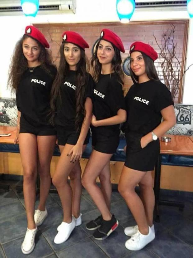 لتشجيع السياحة.. البوليسيات بالميني في لبنان (فيديو)