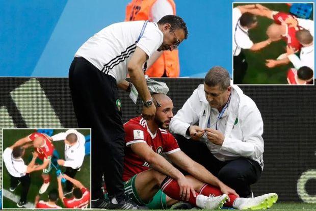 ماء وصفع.. صحيفة بريطانية تسخر من طريقة تدخل الفريق الطبي بعد إصابة أمرابط