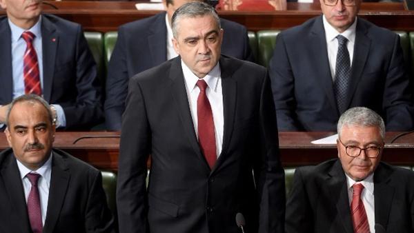 إقالة وزير الداخلية التونسي بسبب غرق قارب للهجرة.. شي يحرك وشي يتحرك