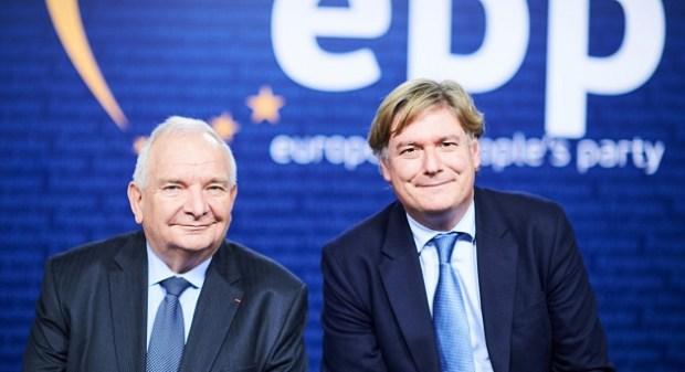إذا دازت على الصغار ما تدوز على الكبار.. الحزب الشعبي الأوروبي يتبرأ من موقف شبابه من قضية الصحراء