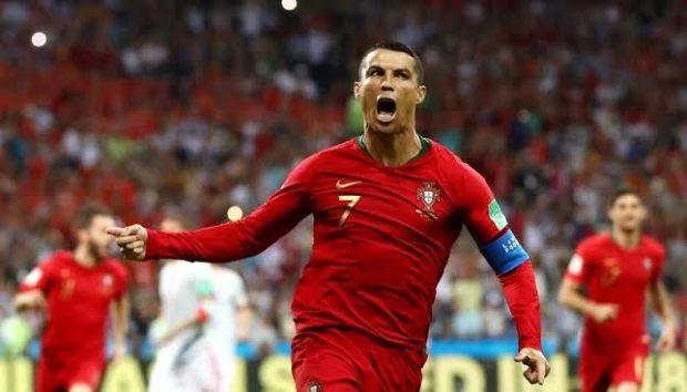 في مباراة مجنونة.. رونالدو يسجل الهاتريك ويفرض التعادل على إسبانيا