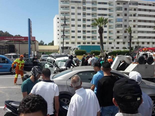 13 مصابا.. حادثة سير خطيرة في طنجة (صور)