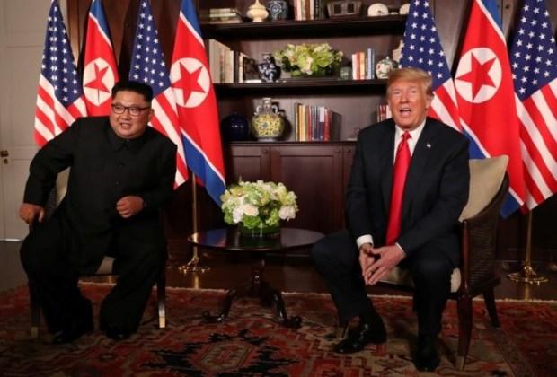 ترامب وكيم يلتقيان في سنغافورة.. قمة المجنونَين!