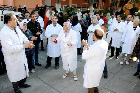 3 اعتداءات في أقل من أسبوع.. الأطباء والممرضين كياكلو العصا