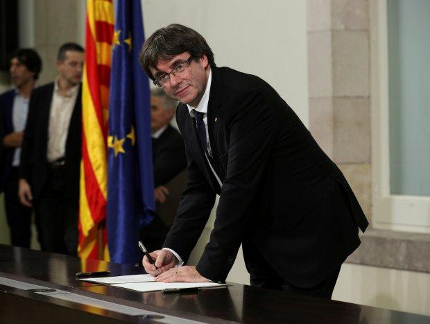 الاختلاس ماشي التمرد.. ألمانيا توافق على تسليم إسبانيا زعيم كاتالونيا السابق