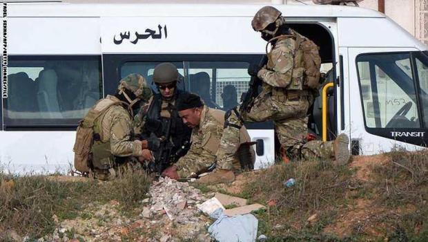 مقتل 8 من عناصر الأمن.. الإرهاب يضرب تونس من جديد
