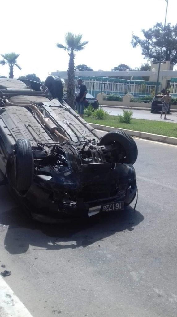 القنيطرة.. نجاة قائد ملحقة إدارية بعد انقلاب سيارته (الصور)