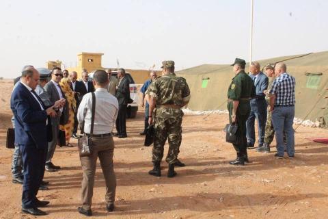 الطنز الجزائري.. سدوا الحدود مع المغرب ومشاو يفتحوها مع موريتانيا!! (فيديو)