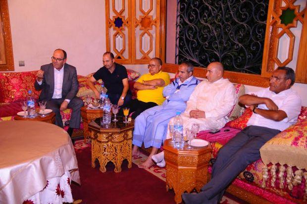 التقى برلمانيي حزبه في مراكش.. بنشماش ديمارا بالتراكتور (صور)