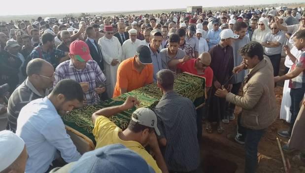 بحضور عبد النباوي وابن كيران.. تشييع جثمان والدة المصطفى الرميد