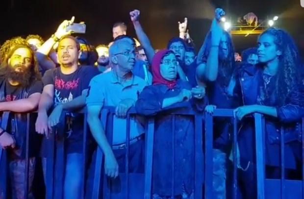 الشباب في القلب.. أكبر كوبل في مهرجان البولفار (فيديو)