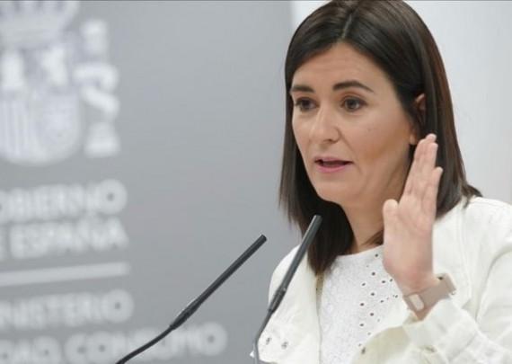 غير حيث شكّو فالماستر ديالها.. استقالة وزيرة الصحة الإسبانية