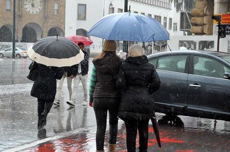 اليوم الأربعاء.. أمطار خفيفة وزخات رعدية