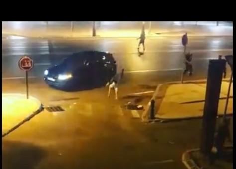 شجار ودهس بسيارة.. القربالة ناضت فطنجة (فيديو)