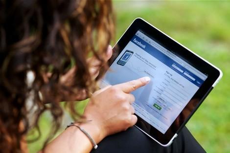 نسبة كبيرة من الأمريكيين حايدو التطبيق.. الفايس بوك ما بقات فيه ثقة!
