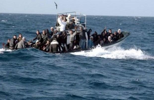 مستشارة عن البيجيدي في طنجة: البحر هو المسؤول عن أرواح شبابنا!