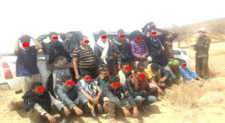 تفاريتي.. اعتقال 10 مغاربة بعد فرارهم من أحد سجون البوليساريو