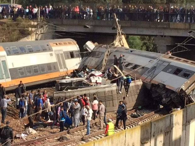 ما زال كاين الخير فالبلاد.. مغاربة يفتحون بيوتهم لعائلات ضحايا فاجعة القطار