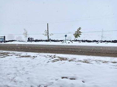 بالصور والفيديوهات.. حصار الأمطار والثلوج