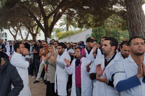 طلبا للحوار مع الوزارة.. أطباء القطاع العام في إضراب جديد